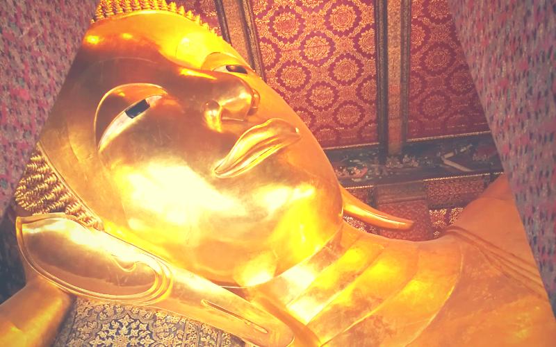 ワットポー タイ マッサージ 伝統医療 涅槃仏